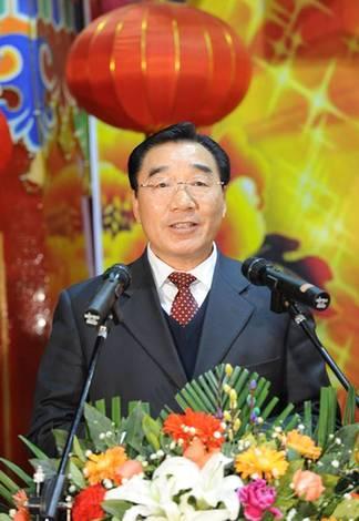 自治区党委书记,西藏军区党委第一书记张庆黎在团拜会上致辞.
