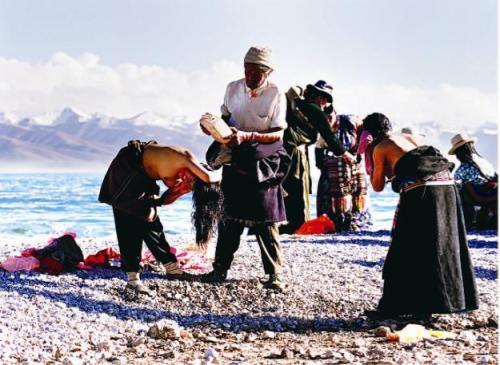 天浴狂欢 西藏沐浴节拉开序幕